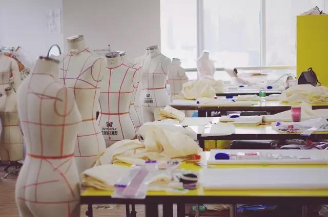 零基础学服装设计的大学学校有哪些?